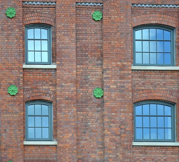 Large pivot windows